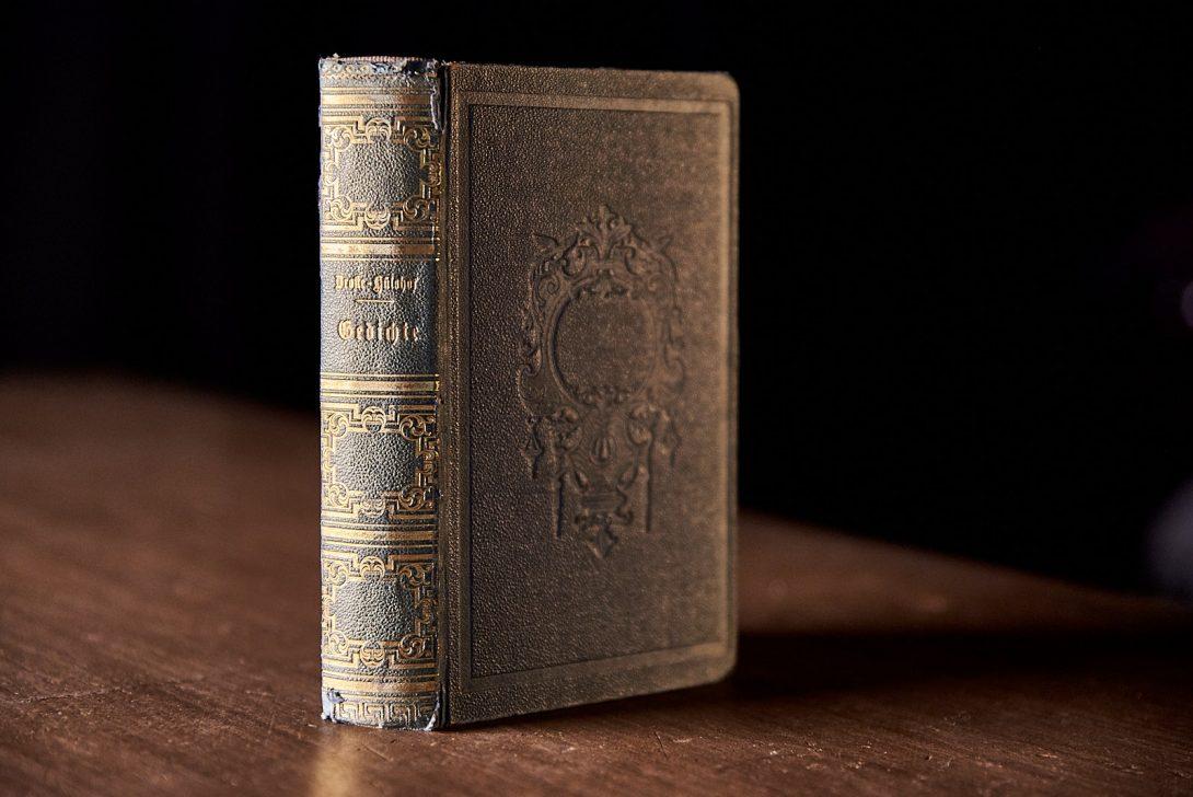 Annette Freiin von Droste-Hülshoff: Gedichte. Cottascher Verlag, Stuttgart und Tübingen, 1844.