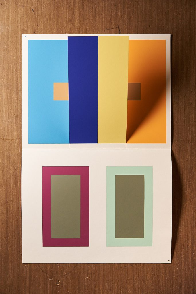 Josef Albers: Interaction of Color. J. Keller Verlag, Starnberg 1973.